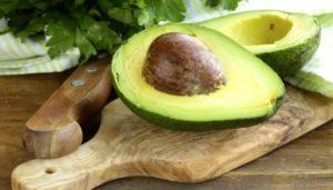 proprietà-frutto-avocado